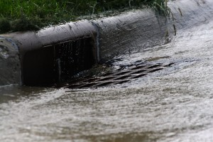 storm_drain_urban_runoff_pollution