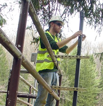 Constructing a NexSens mast-mounted data logging station