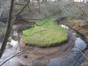 Alluvial channels are more likely to erode and contribute to sediment transport. (Photo: Hedderwick Burn meander, Photo Credit: Richard West, licensed CC Attribution-ShareAlike 2.0 Generic).