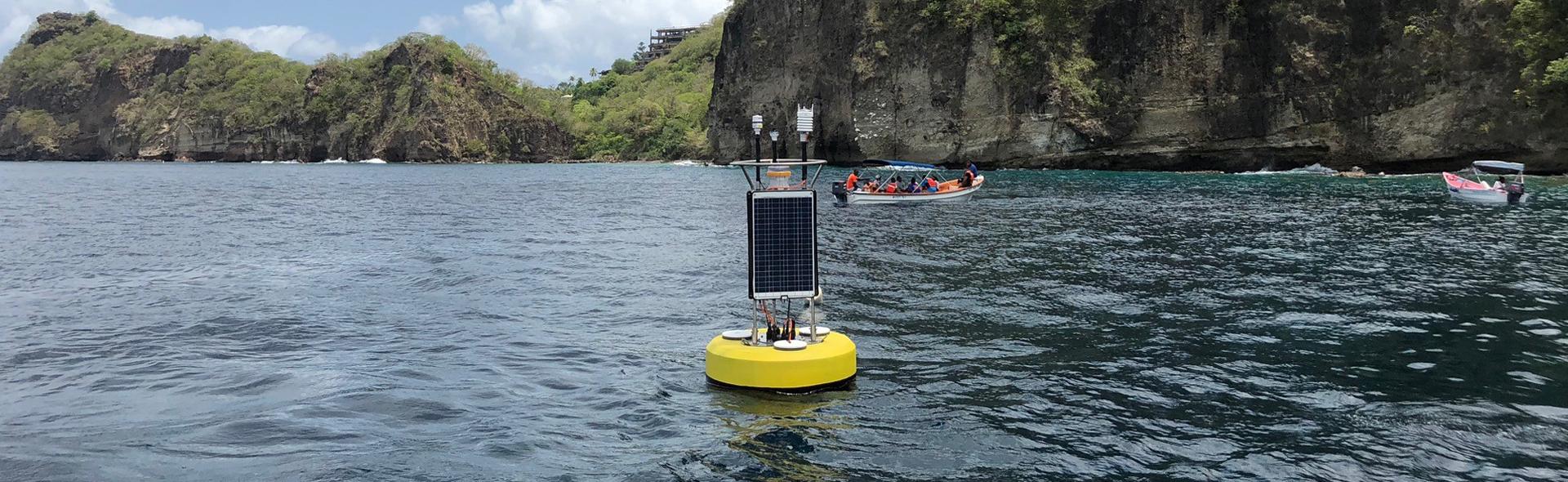 Coastal monitoring buoy