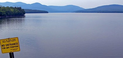 The Ashokan Reservoir received a big doge of dissolved organic matter after Hurricane Irene (Credit: David Goehring, via Wikimedia Commons)