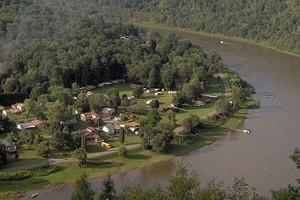 The Allegheny River near East Brady, Pennsylvania (Credit: Nyttend, via Wikimedia Commons)