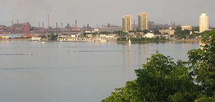 Hamilton Harbor (Credit: Rick Cordeiro, via Wikimedia Commons)