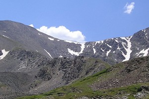 Grays and Torreys peaks of Colorado's Front Range (Credit: Daidipya, via Wikimedia Commons)