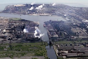 Indiana Harbor and Ship Canal (Credit: Army Corps of Engineers, via Wikimedia Commons)