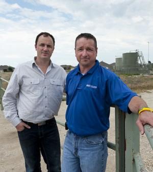 Calvin Tillman, right, with Jeremy Buckingham, an Australian politician (Credit: Jeremy Buckingham MLC, via Flickr)