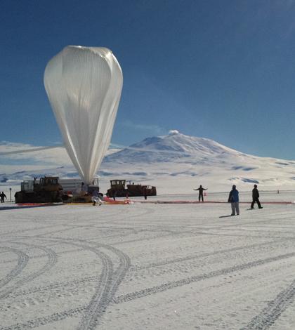 NASA's Super-TIGER science balloon (Credit: NASA)