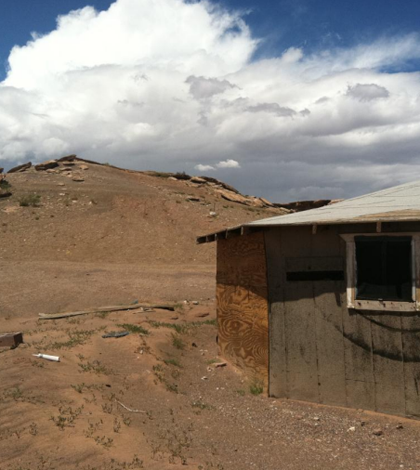Structure near a mine site in the Navajo Nation (Credit: EPA)