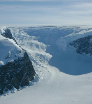 The Larsen Ice Shelf in the Antarctic Peninsula (Credit: Jim Yungel/NASA)