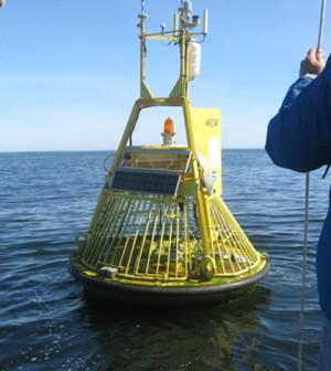 Carbon-monitoring buoy (Credit: NOAA)