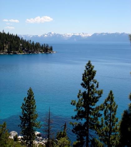 Lake Tahoe (Credit: Dawn Hopkins, via Flickr)
