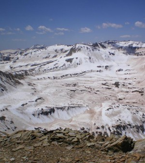 Dust-covered snow in the San Juan Mountains of the Upper Colorado River basin, May 2009. (Credit: NASA/JPL-Snow Optics Laboratory)