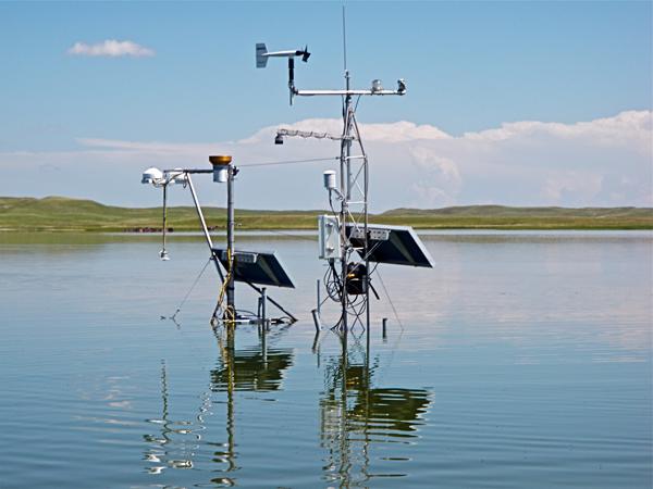 An observing system on a hyper-saline lake in the Sandhills region of Western Nebraska (Credit: John Lenters)