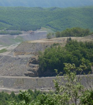 A mountaintop removal mine in Kentucky (Credit: Jake McClendon, via Flickr)