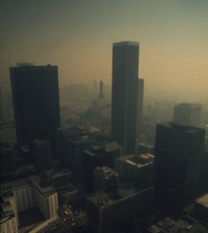 Smog in Los Angeles in 1973 (Credit: Gene Daniels, National Archives and Records Administration)