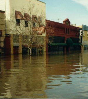 Downtown Grand Forks, North Dakota, during the Red River of the North flood on April 21, 1997 (Credit: USGS)
