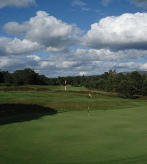 A golf course in Scotland (Credit: Turan Rajabli, via Wikimedia Commons)