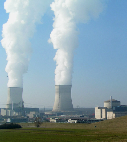 Image: Nuclear power plant in Cattenom, France (Credit: Stefan Kuhn, Wikimedia Commons)