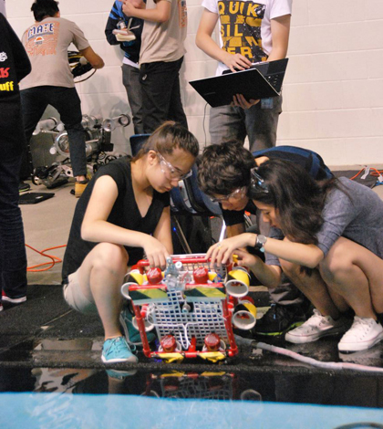 Before competing, students test their vehicles in the practice area of the pool. (Credit: MATE Center)