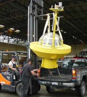 Alaska Ocean Observing System wave buoy (Credit: AOOS)