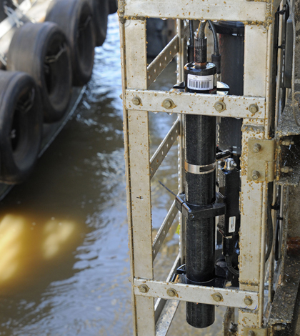 A Mississippi River nitrate sensor package at the Baton Rouge station. (Credit: USGS)