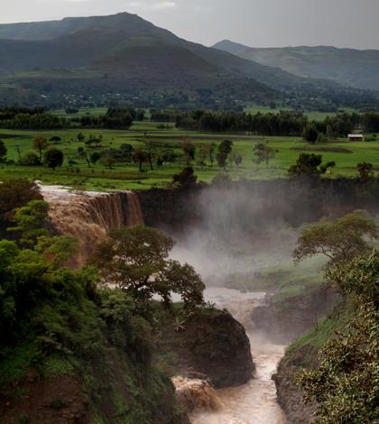 Blue Nile Falls (Credit: Ben Robbins, via Wikimedia Commons)