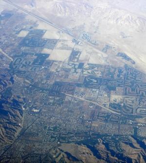 Development in the Coachella Valley (Credit: Ilpo's Sojourn, via Wikimedia Commons)