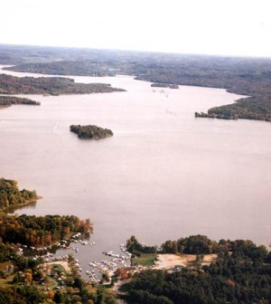 An aerial photo of Seneca Lake, a flood control project (Credit: Muskingum Watershed Conservancy District)