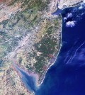 This satellite image captured in 2000 shows the New York–New Jersey Harbor Estuary--which receives water from the Hudson and Raritan Rivers--to the north and the Delaware Bay estuary to the south (Credit: NASA)