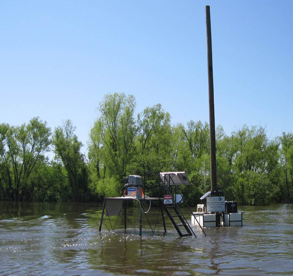 Floating platform during a flood (Credit: Christopher Rice)