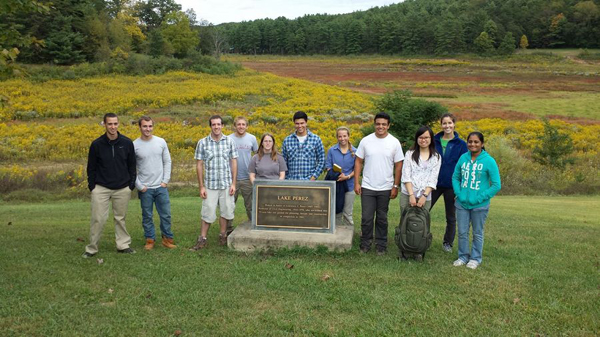 Fall 2013 Techniques in Environmental Geochemistry students at Lake Perez (Credit: Penn State University)