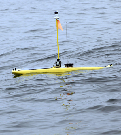 A Wave Glider dubbed Carey on ocean surface after launch from ship (Credit: Kip F. Evans/Courtesy Stanford University)