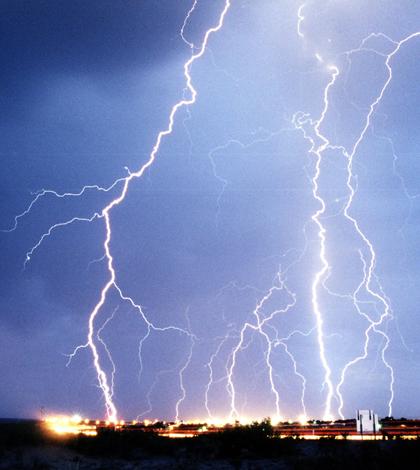 Lightning over Las Cruces, New Mexico (Credit: Edward Aspera Jr./U.S. Air Force, via Wikimedia Commons)