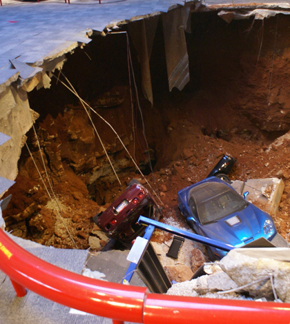 National Corvette Museum >> Karst scientists monitor National Corvette Museum sinkhole that swallowed 8 classic cars ...