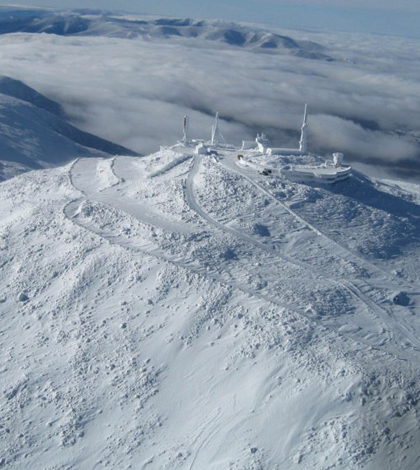 d4314c5858 Mount Washington Observatory from above (Credit  Roger Currier Mount  Washington Observatory Photo)