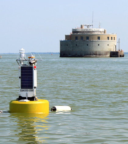 The new water quality buoy floating near Toledo's water intake crib in Lake Erie (credit: Ed Verhamme)