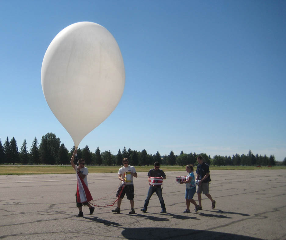 Montana State University Students launch a practice weather balloon in Idaho. (Credit: Montana Space Grant Consortium)