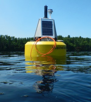 The water quality data buoy floating on Highland Lake (Credit: Lakes Environmental Association)