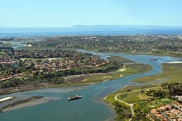 The Back Bay in Newport Beach, California. (Credit: D. Ramey Logan, via Wikimedia Commons/CC BY 3.0)