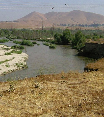 Wetlands constructed by orange county water district for Santa ana river lakes fishing