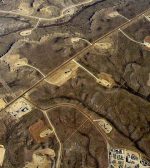 Hydraulic fracturing operations in Wyoming shale fields. (Credit: Simon Fraser University/CC BY 2.0)