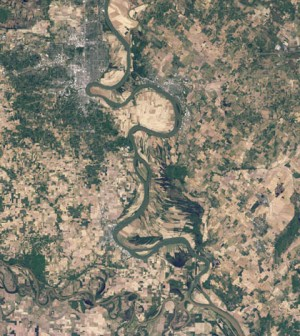 The Ohio River near the J.T. Myers Lock and Dam as captured by Landsat 5 satellite in 2010. (Credit: NASA)