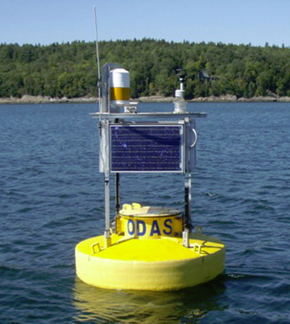 University of Maine's ocean-observing buoy. (Credit: Neal Pettigrew)