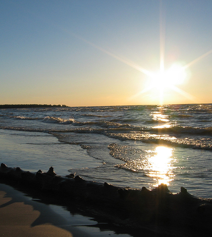Ipperwash Beach on Lake Huron. (Credit: Msoccer29 via Creative Commons 2.5)