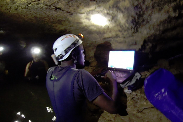 Ball State University researchers working in a karst aquifer. (Credit: Lee Florea / Ball State University)