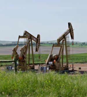 Soil water contamination in north dakota from fracking spills oil well in north dakota credit flickr user tim evanson via creative commons publicscrutiny Choice Image